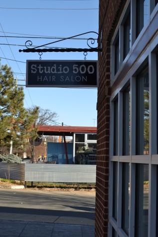 studio 500 sign
